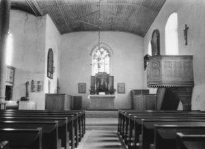 Kirche, Blick zum Altar, etwa 1961