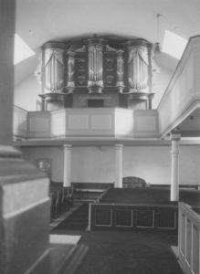 Kirche, Blick zur Orgel, Foto: Ernst Witt, Hannover, August 1955