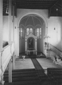 Kirche, Blick zum Altar, Foto: Ernst Witt, Hannover, April 1958