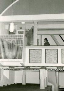 Kirche, Blick zur Orgel, nach 1975 (Orgelprospekt: Zustand 1975)