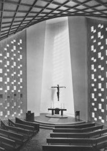 Kirche, Blick zum Altar, um 1970, Bildrechte: Foto Wehmeyer, Hildesheim
