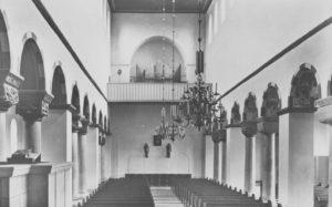 Orgel an der Ostwand, um 1950, Foto: Verlag Rudolf Zimmaß, Detmold