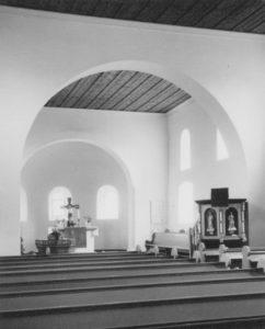 Kirche, Blick zum Altar, Foto: Ernst Witt, Hannover, März 1962