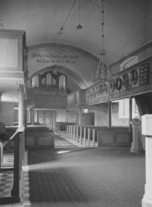 Kirche, Blick zur Orgel, Foto: Ernst Witt, Hannover, Juli 1951