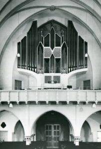 neue Kirche, Blick zur Orgel, nach 1963 (1963 Neubau der Orgel)