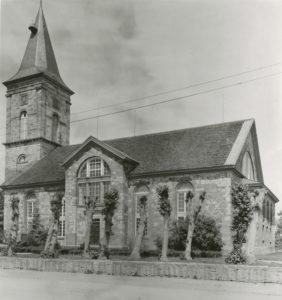 Kirche, Ansicht von Südosten, 1933 oder 1936 (?), Urheberrecht: Bildarchiv: Niedersächsisches Landesverwaltungsamt Hannover, Landeskonservator