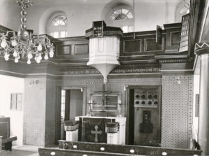 Kirche, Blick zum Altar. Foto: Bildarchiv Niedersächsisches Landesverwaltungsamt Hannover, Landeskonservator