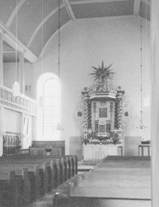 Kirche, Blick zum Altar, Foto: Ernst Witt, Hannover, Juni 1962