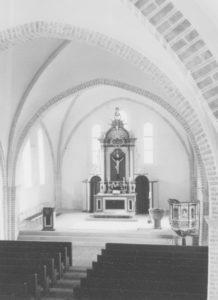 Kirche, Blick zum Altar, Foto: Ernst Witt, Hannover, April 1965