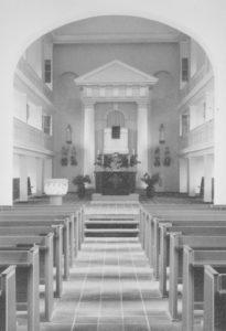 Kirche, Blick zum Altar, Foto: Ernst Witt, Hannover, August 1961
