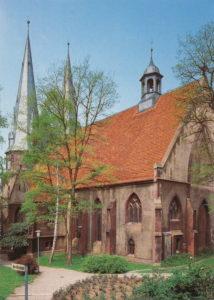 Kirche, Ansicht von Südosten, Foto als Postkarte