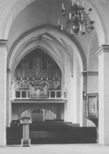 Kirche, Blick zur Orgel, Foto: Ernst Witt, Hannover, September 1965