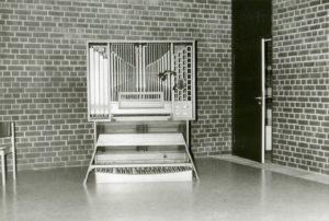 Orgel, vermutlich 1977
