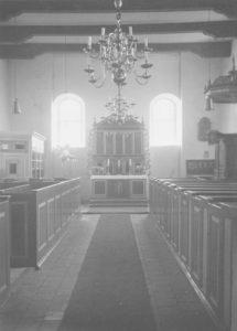 Kirche, Blick zum Altar, Foto: Ernst Witt, Hannover, August 1956