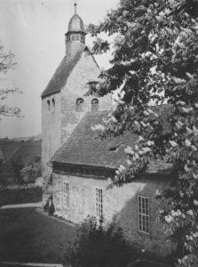 Kirche, Ansicht von Südosten, Postkarte, vor 1950