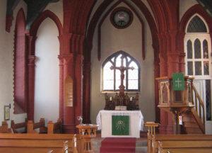 Kirche, Blick zum Altar, Foto: Ernst Günther Behn, Klein Gußborn 2009/10