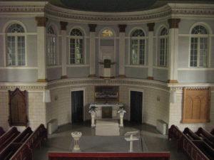Kirche, Blick in den Altarraum, Foto: Ernst Günther Behn, Klein Gußborn, 2009/10