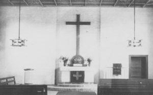Kirche, Blick zum Altar, 1947