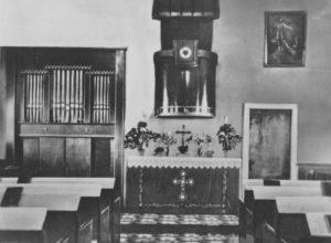 Große Ev. Kirche, Blick zum Altar, 1957