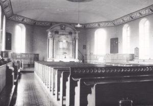 Kirche, Blick zum Altar, 1971