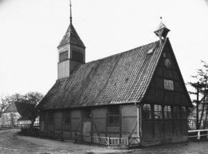 Alte Kirche von 1610-12 (1970 abgerissen), Ansicht von Südosten, um 1960