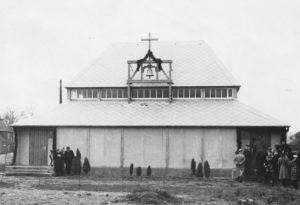 Kapelle, Außenansicht, am 12.02.1952 (?) (Einweihung der Kapelle)