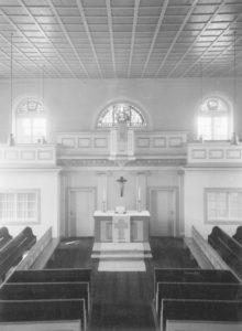 Kirche, Blick zum Altar, 1955