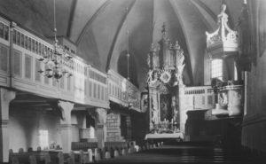 Kirche, Blick zum Altar, vor November 1955