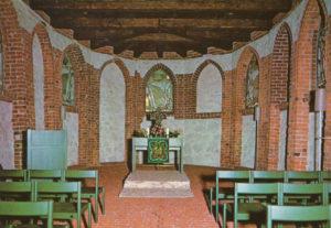 alte Kirche, Blick zum Altar, Ausschnitt aus einer Postkarte, nach 1973