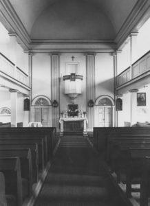 Kirche, Blick zum Altar, um 1949