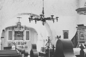 Kirche, Blick zum Altar, Foto: P. Greve, Jöllenbeck (?), 1982