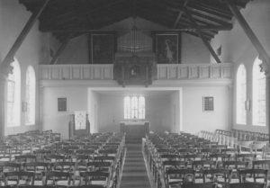 Kirche, Blick zum Altar, Foto: Ernst Witt, Hannover, September 1952