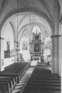 Kirche, Blick zum Altar, Foto: Ernst Witt, Hannover, Oktober 1956