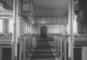 Kirche, Blick nach Osten, Foto: Ernst Witt, Hannover, September 1954