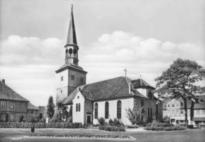 Kirche, Ansicht von Südosten