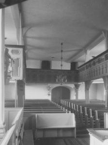 Kirche, Blick zur Empore, Foto: Ernst Witt, Hannover, April 1956