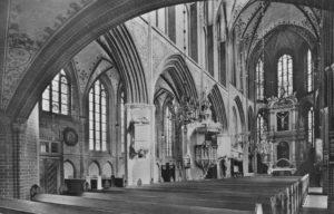 Kirche, Blick zum Altar, 1960