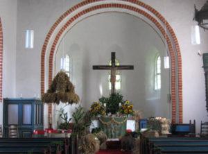 Dunum, Kirche innen