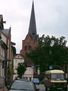 Kirche, Ansicht von Südosten, Foto: Ernst Günther Behn, Klein Gußborn, 2009/ 2010