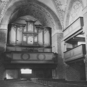 Kirche, Blick zur Orgel, 1955