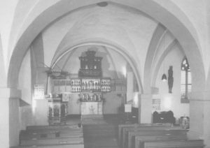 Kirche, Blick zum Altar, nach 1964