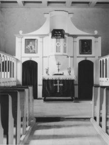 Kirche, Blick zum Altar, 1951