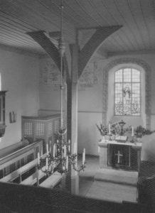 Kirche, Blick zum Altar, Foto: Ernst Witt, Hannover, Juli 1960