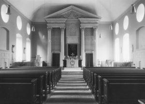 Kirche, Blick zum Altar, Foto: Ernst-Witt, Hannover, 1954