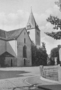 Kirche, Ansicht von Nordosten, Teilansicht