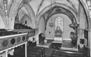 Kirche, Blick in den Chorraum mit dem Rokoko-Altaraufsatz, nach 1964