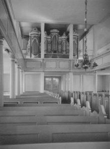 neue Kirche, Blick zur Orgel, Foto: Ernst Witt, Hannover, Mai 1960