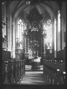 Kirche, Blick zum Altar, vor 1915