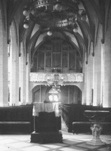 Kirche, Blick zur Orgel, vor 1915