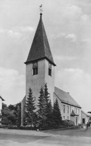 Kirche, Ansicht von Südwesten